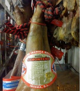 Iberian Shoulder Acorn-fed, Jamonteño Red label
